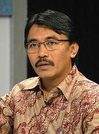Dr. H. Adhyaksa Dault, SH, M.Si