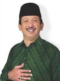 Drs. H. Ipong Muchlissoni