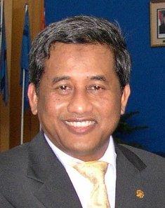 Prof. Dr. Ir. KH. Mohammad Nuh, DEA