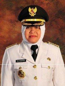 Dr.(H.C.) Ir. Tri Rismaharini, M.T