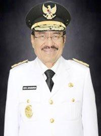 Dr. Zeth Sahuburua, S.H., M.H.