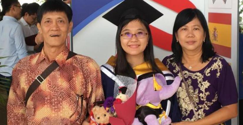 Mahasiswa Indonesia Raih Gelar Sarjana Tercepat di NTU Singapura