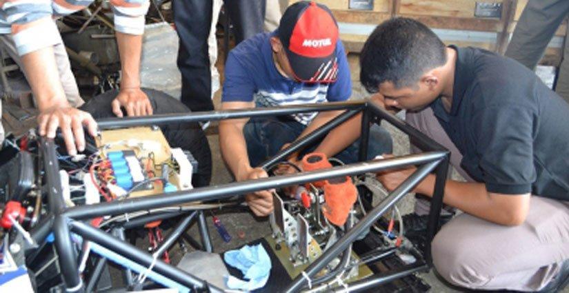 Tim Garuda UNY Racing Ikuti Kompetisi Balap di Jepang