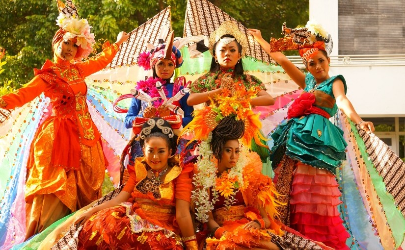 Tim Karnaval UNY Raih Juara World Costume Festival di Filipina