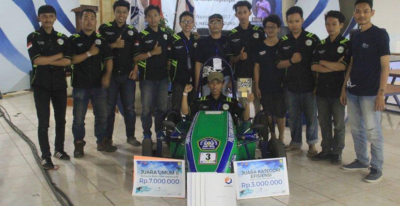 Polines Menangkan Juara Umum II Kompetisi Mobil Listrik Di Polban