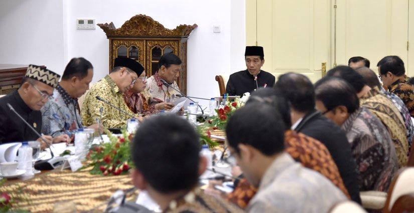 Jokowi: Perlu Adanya Revisi UU Pendidikan Agar Perguruan Tinggi Luar Negeri Buka Di Indonesia