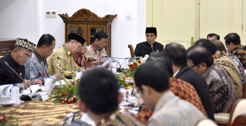 jokowi-perlu-adanya-revisi-uu-pendidikan-agar-perguruan-tinggi-luar-negeri-buka-di-indonesia