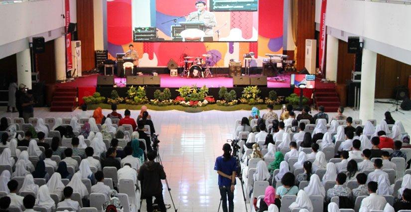 Tel-U Siapkan Beasiswa 30 Milyar Bagi Mahasiswa Baru Tahun 2018