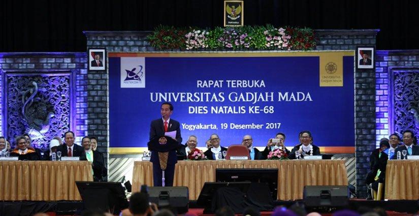 Jokowi Dorong Lulusan UGM Miliki Semangat Kewirausahaan