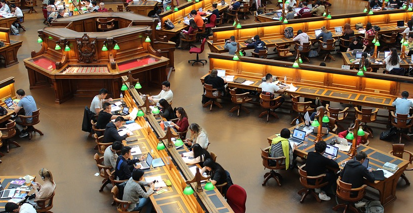 Lulus SMA Lanjut Kuliah? Ketahui Dulu Jenis-Jenis Perguruan Tinggi di Indonesia Ini