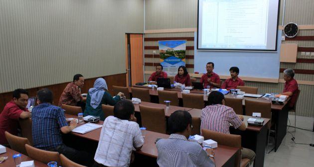 Ubaya Raih Posisi 2 Tertinggi Se-Jawa Timur pada Penerimaan Dana Hibah Pengabdian