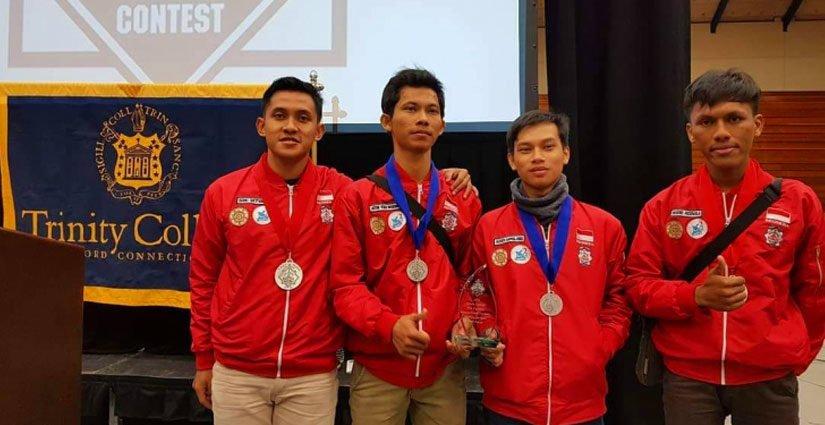 Tim UGM Torehkan Prestasi dalam Kontes Robot Internasional di AS