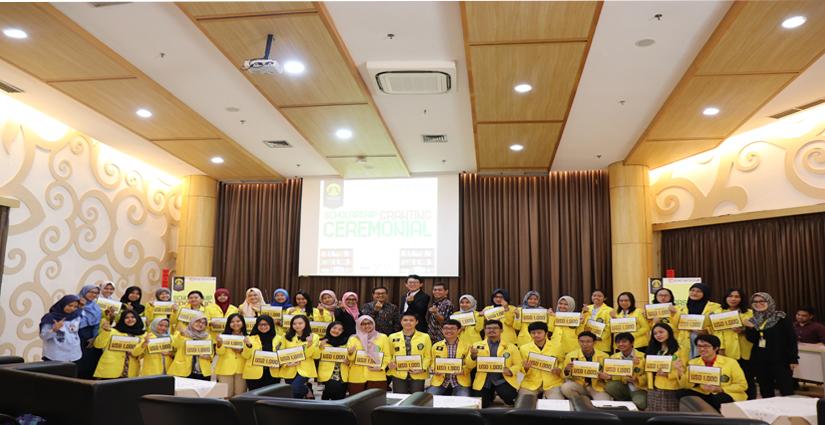 35 Mahasiswa UI Terima Beasiswa Daewoong Foundation Senilai Rp14Juta